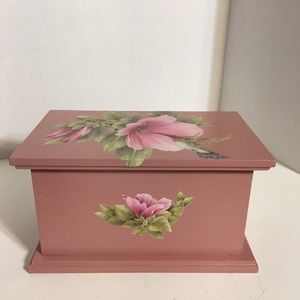 Pretty Handmade Hummingbird Trinket Box!